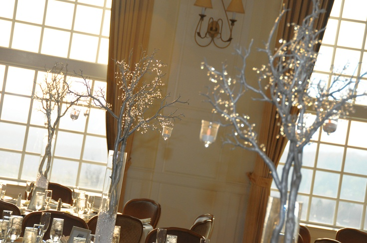 Crystal Tree / Branch CenterpiecesSprays Painting, Branches Centerpieces, Married, Crystals Branches, Crystals Trees, Tree Branches, Vases Filling, Center Piece, Trees Centerpieces