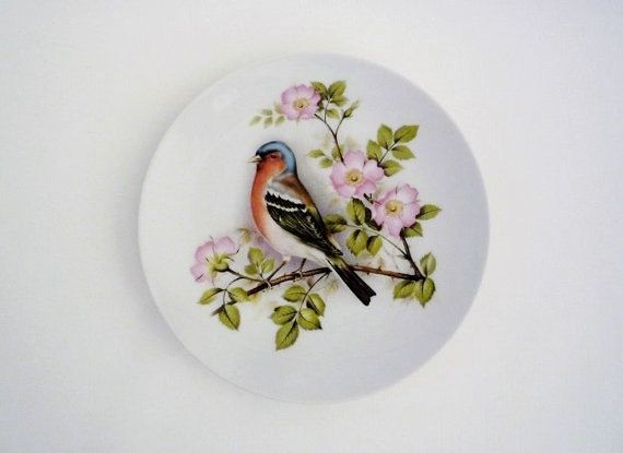 Vintage Porcelain Wall Plate with Robin and Wild Roses by oppning, €12.00