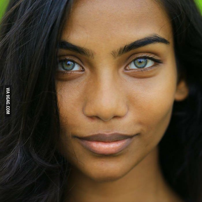 Maldives girls