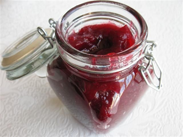 Warm-Spiced Cranberry Jam | To Can Or Not To Can | Pinterest