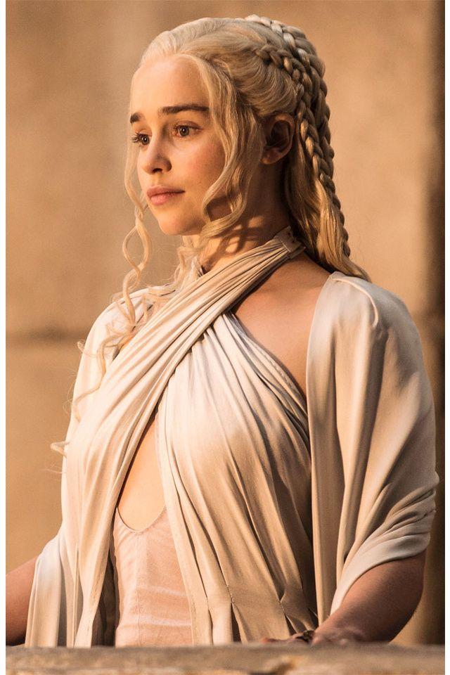 Les tresses et mèches folles de Daenerys Targaryen