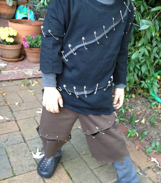 Frankenstein costume easy kids costume quick costume for Quick halloween costumes for toddlers
