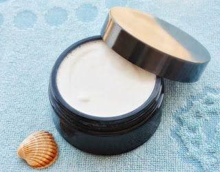 Receta crema de limpieza facial para pieles secas.
