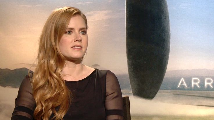 Alicia Malone talks to Amy Adams and Jeremy Renner about their new sci-fi thriller, 'Arrival.'