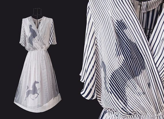 Vintage Dress //  V neckline // Horse Print Dress // by LPSNUG