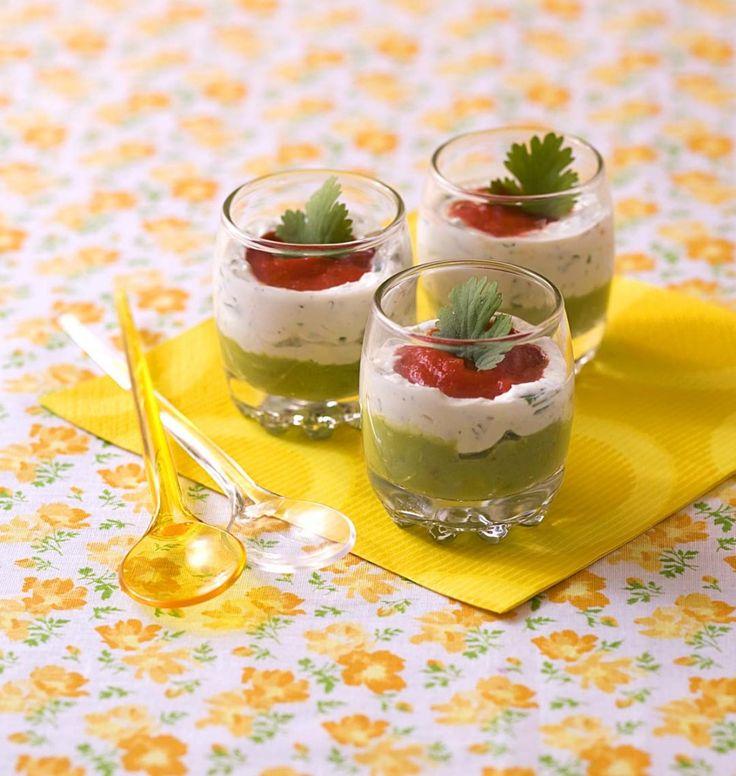 Verrines tricolores poivron, avocat et fromage frais - Ôdélices : Recettes de cuisine faciles et originales !