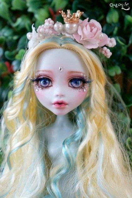#OOAK #MonsterHigh #DollRepaint #HelloMariRepaint  5개월만에 몬하돌 시리즈가 돌아왔습니당!! 예전 시리즈처럼 수량이 많지는 않지만 좀 더 퀄리티 있게 맹글...