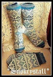 Snøkrystall sett http://www.ravelry.com/patterns/library/snkrystall-sokker--votter