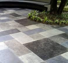 Image gallery pisos exteriores for Azulejos para patios exteriores