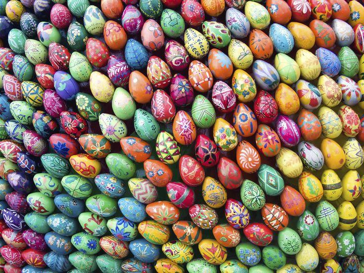 Oltre 25 fantastiche idee su uova di pasqua su pinterest - Idee per decorare le uova di pasqua ...