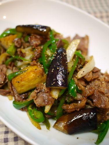 茄子とピーマンと牛肉の黒胡椒炒め by J吉さん   レシピブログ - 料理 ...