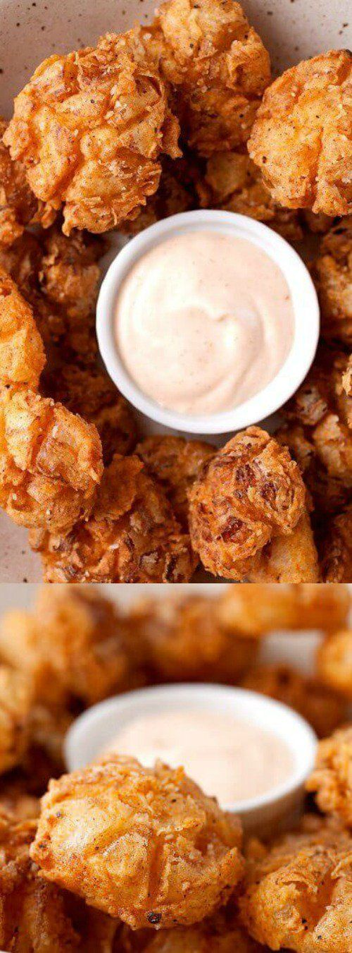 These Bite-Sized Blooming Onions are so much better than the full-sized version. Each bite has a crispier crust and everything is just better bite-sized! via @bestblogrecipes