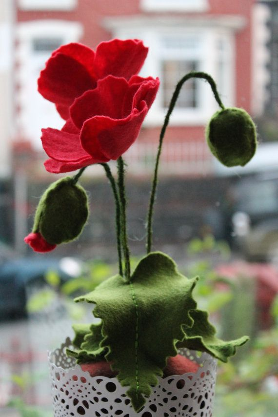 Planta en maceta de amapola de fieltro por MustardPotFlowers