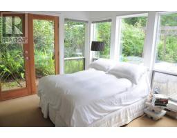 http://www.realtor.ca/propertyDetails.aspx?PropertyId=15145924