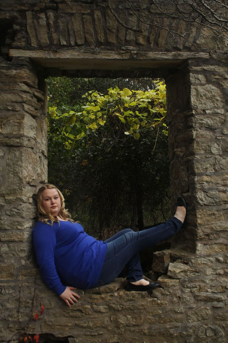 Fall Photoshoot with Kay Photo: Fotoaction Photography. Locations: Red Hill, Sherman Falls The Hermitage.
