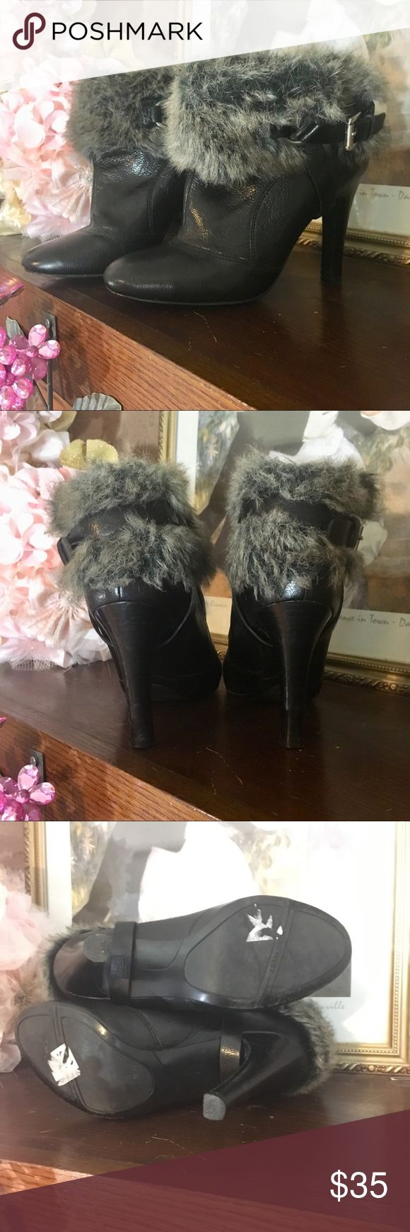 """NINE WEST """"JAMACAME"""" BOOTIES BRAND: NINE WEST  TYPE: LEATHER BLACK ANKLE BOOTIE WITH FAUX FUR AND ANKLE WRAP STRAP. STYLE """"JAMACAME"""".  COLOR: BLACK, GRAY  SIZE: 9M  APPROXIMATE MEASUREMENTS: 4IN HEEL  FABRIC CONTENT: SEE PICTURES  CONDITION: GOOD PRE OWNED CONDITION. WEAR CONSISTENT WITH MINIMAL USE. Nine West Shoes Ankle Boots & Booties"""