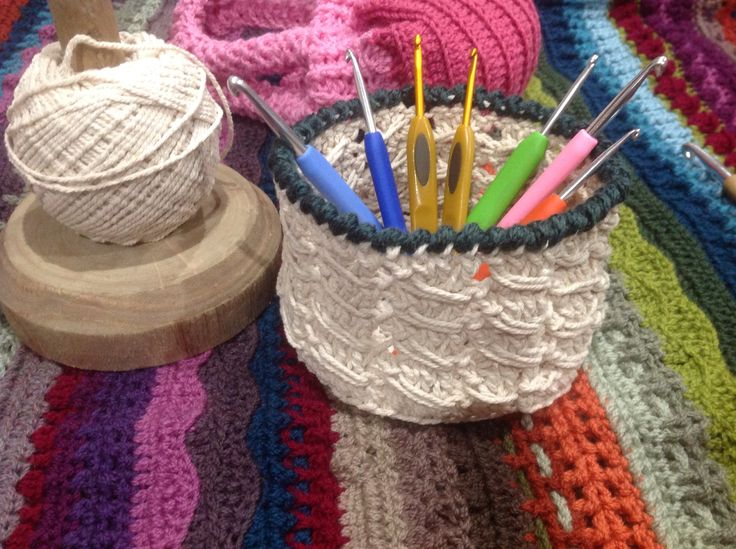 Cable Stitch Basket I made. Pattern from the fabulous Dedri at lookatwhatimade blog