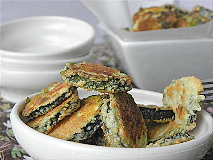 Oven Fried Parmesan Zucchini  1/2cup=53calories, 1point+  #recipe#parmesan#zucchini