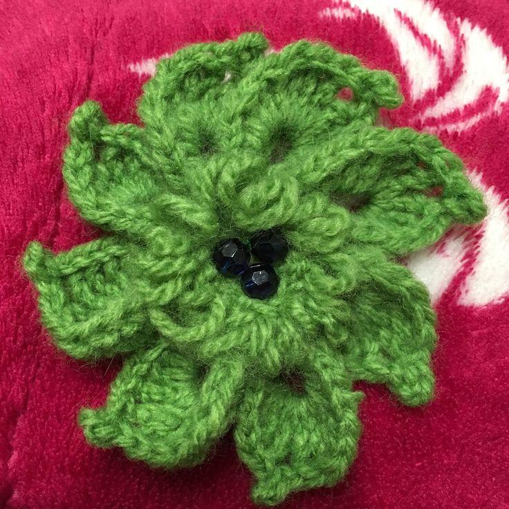 #brooch #crochet #greenflower #flower #handmadeart #pearl