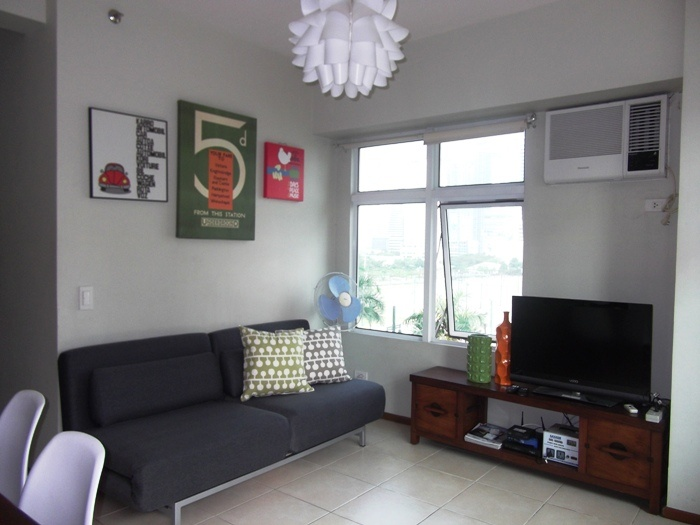 Serendra Condo At The Fort, Manila, Philippines For Rent