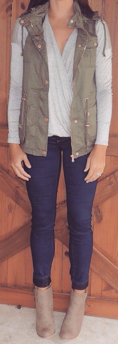 Love this vest jacket! Also like the full jacket version. Already have the top, jeans, and booties!