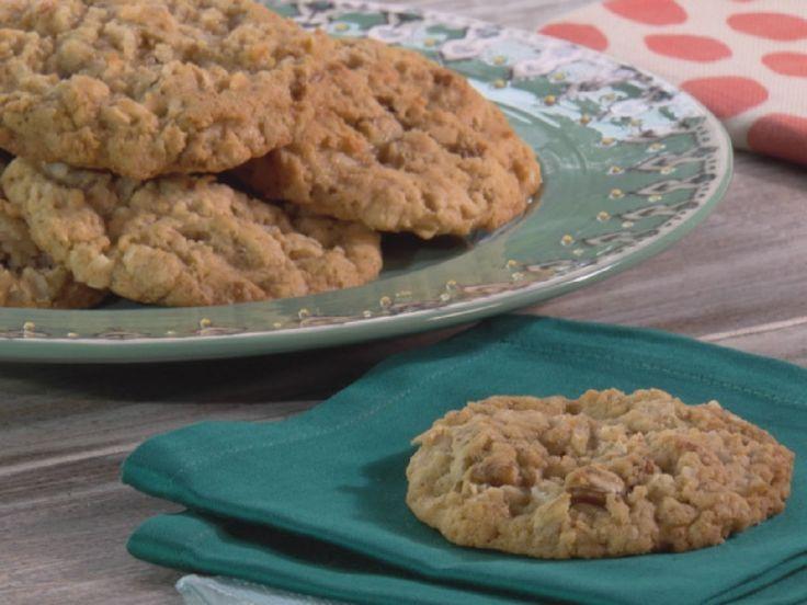 Mari's Homemade Oatmeal Cookies recipe from Trisha Yearwood via Food Network