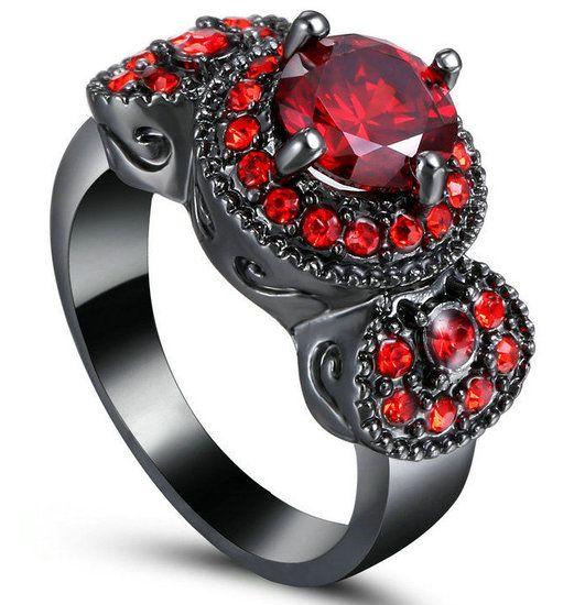 Iedereen die gekozen heeft voor Grieselstate gaat zwarte magie leren. De ring betekent dat je erbij hoort. Het is een zwarte ring.