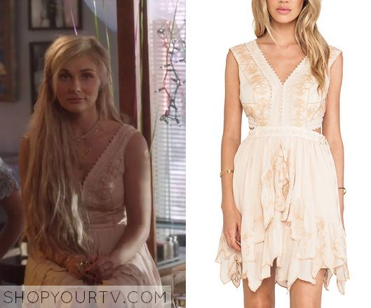 NASHVILLE: SEASON 3 EPISODE 4 SCARLETT'S EMBROIDERED RUFFLE LACE DRESS Posted on October 17, 2014 by Kirsty Scarlett O'Connor (Clare Bowen) wears this Cream pink ruffled vintage flowy dress in this week's episode of Nashville.  It is the Free People Honeysuckle Rose Dress.