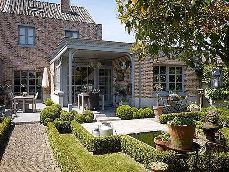 Bekijk de foto van dandelie met als titel Prachtig terras/veranda met zicht op achtertuin en andere inspirerende plaatjes op Welke.nl.