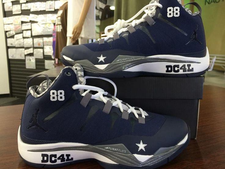 d6728267b29 ... where can i buy dallas cowboys nfl jordan shoes a1605 030fb