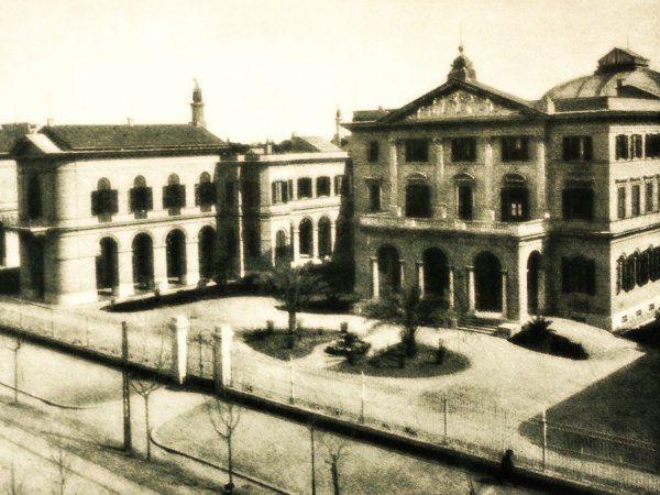 19 Gennaio… #Roma, 1888 , la prima pietra del #Policlinico #UmbertoI