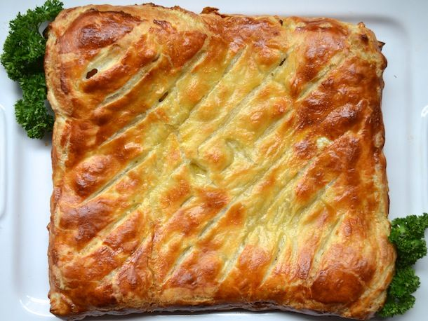 chicken and leek puff-pastry pie