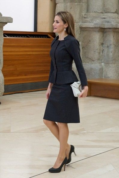Queen Letizia of Spain Photos - Velazquez Plastic Arts Awards - Zimbio