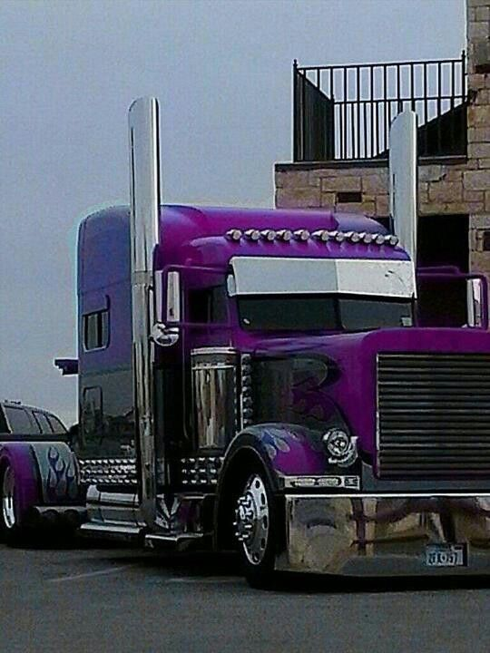 39 purple rain 39 custom peterbilt what a fantastic look the american way pinterest. Black Bedroom Furniture Sets. Home Design Ideas