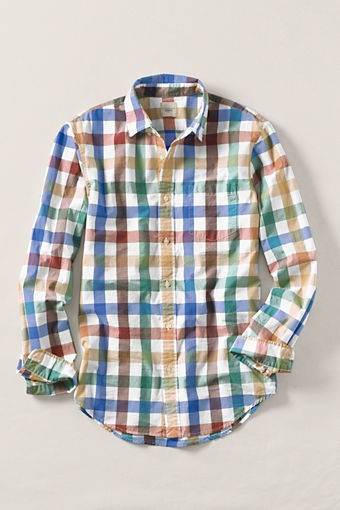This shirt has lots of color