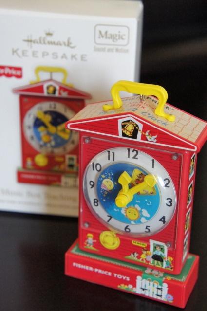 Toys For Ornaments : Fisher price music box teaching clock hallmark keepsake