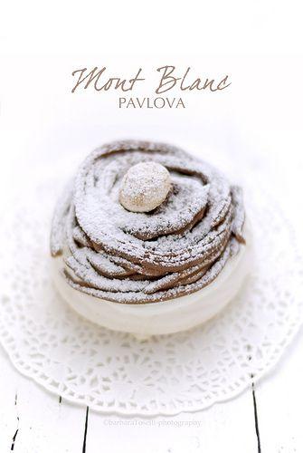 pavlova mont blanc- #presentation #plating #recette #dressage #assiette #artculinaire #art #food #foodporn #artfuldining #gastronomy #gastronomic #dessert #fooddesign #culinary #foodart #dining #gourmet #gourmand #gastronomist #bonvivant #foodandart #joiedevivre #museumviews