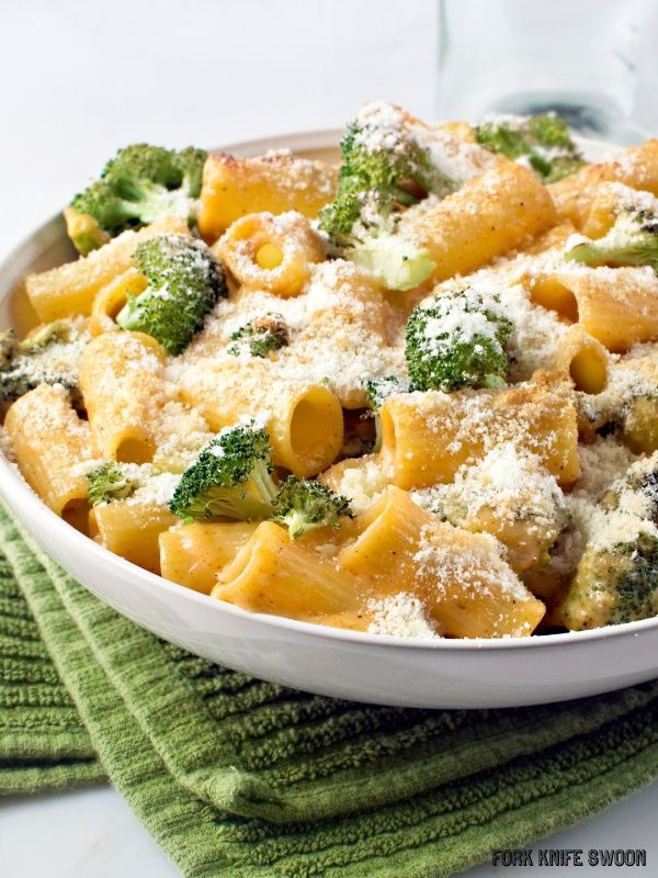 Sacchetti Pasta: Broccoli and Cheddar   Pasta Bake I think the pasta looks nice with the cheese sprinkled on top. I also   think the green underneath makes the broccoli stand out, an idea that could be   used in the new shot - BB