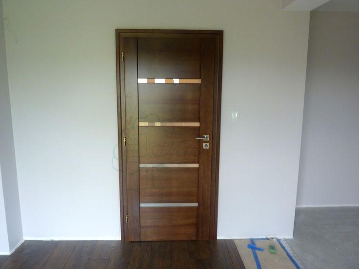 Drzwi wewnętrzne nowoczesne drewniane