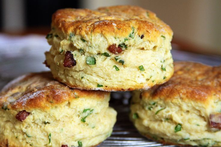 Like biscuits?  Like Bacon?   These light airy oven baked items will tickle your fancy - or even fancy your tickle    Buttermilk Ramp Biscuits