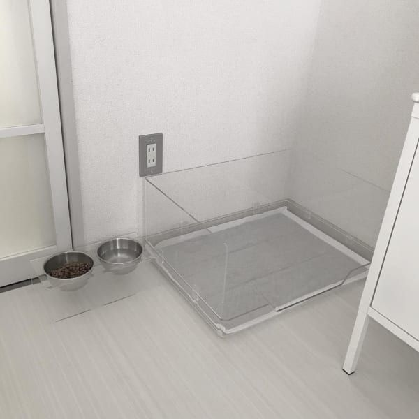 インテリアの邪魔をしない 実用性が高いおしゃれな犬グッズ特集 Folk 犬の家具 犬のトイレ 犬の部屋