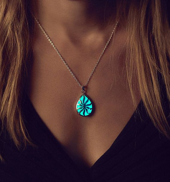 Aqua Glowing Necklace - Glow in the Dark Jewelry - Sun in your Life - Birthday Gift - Glow Necklace - Wedding Gift - Gifts for Her