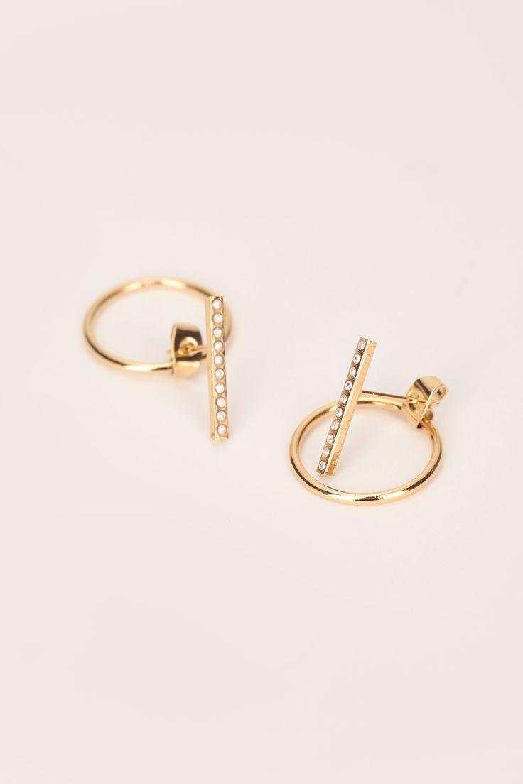 Boucles d'oreilles en laiton doré barre ornée de cristaux swarovski zoom