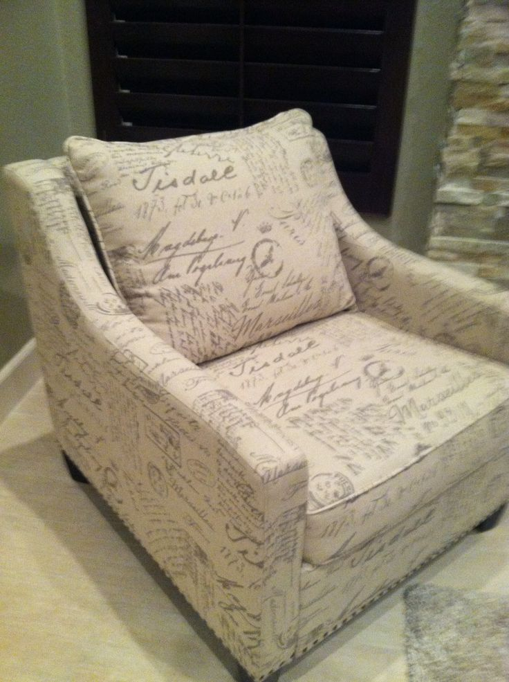 Charmant French Script Chair
