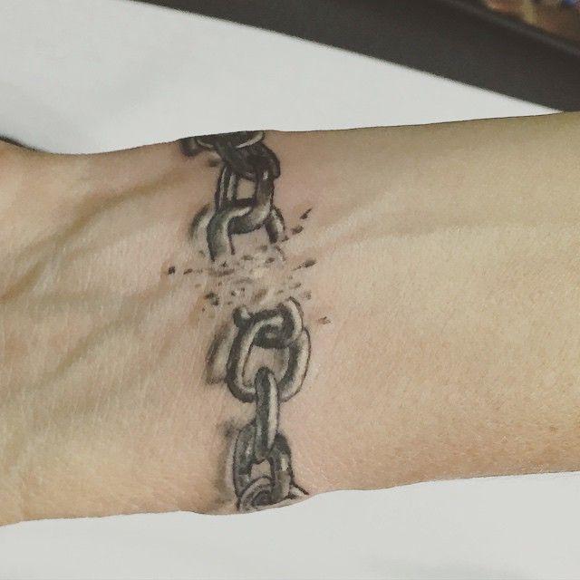 Chain Tattoo On Wrist: 66 Best Tattoo Images On Pinterest