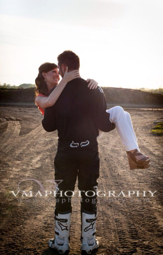 Dirt bike engagement @vmaphotography