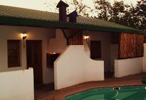 Shekinah Lodge can accommodate up to twelve guests who can comfortably sleep in two double rooms and two family units.