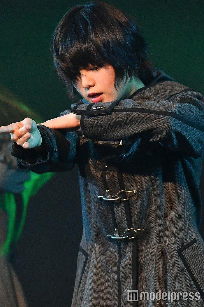 画像1/28) 欅坂46、入念に「不協和音」音合わせ TAKAHIROの指導
