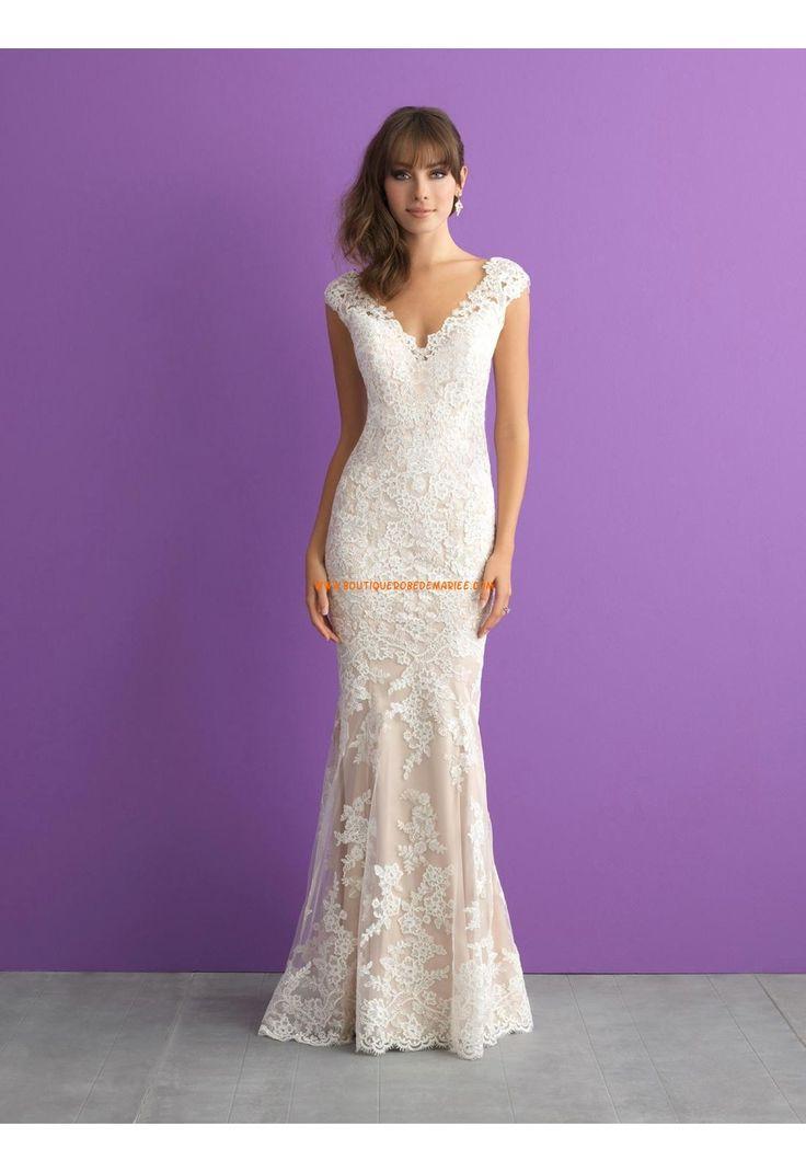 Robe de mariée dentelle col en v dos transparent traîne