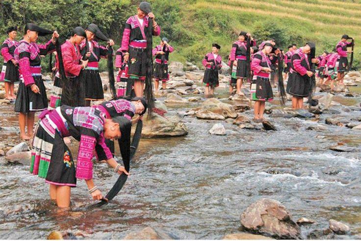 Huangluo — деревня длинноволосых женщин в Китае